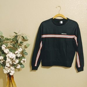 H&M Navy Long Sleeve Pullover w/ Stripes Sz S